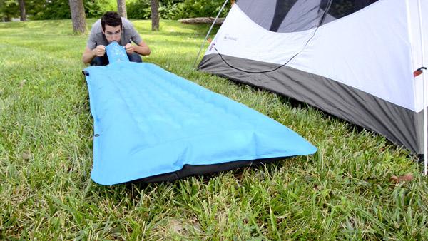 meilleur-matelas-gonflable-de-camping