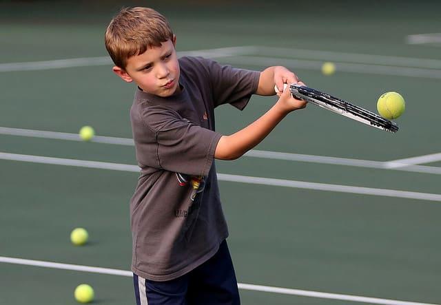 raquette-de-tennis-pour-enfant