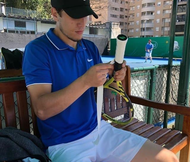 surgrips-de-tennis