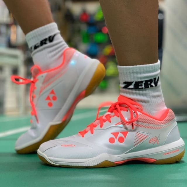 chaussures-de-badminton
